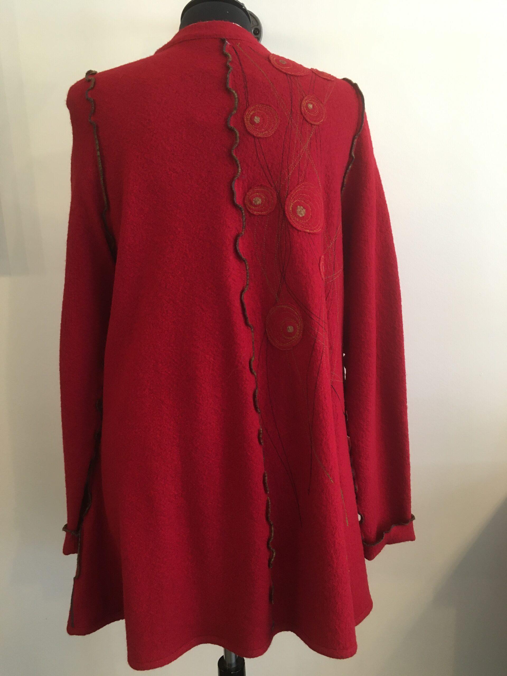 manteau rouge endos