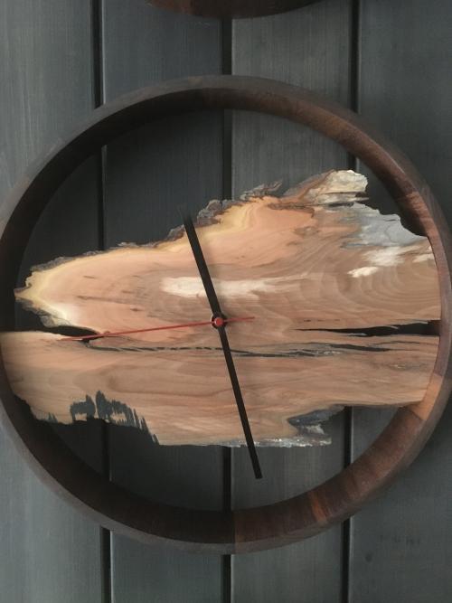 Horloge pommier P. Foley