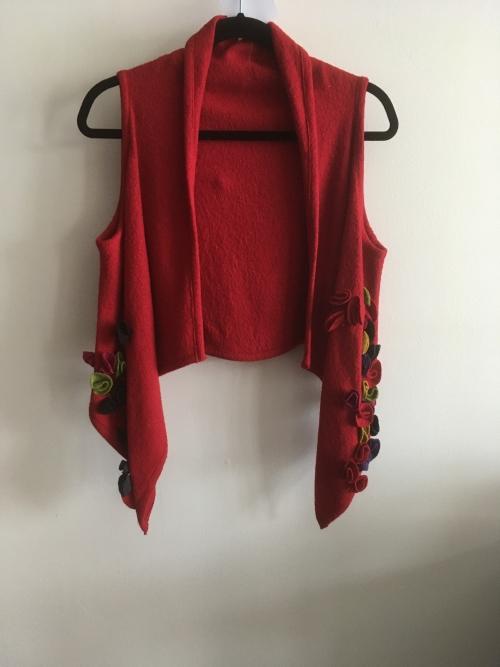 veste laine bouillie rouge