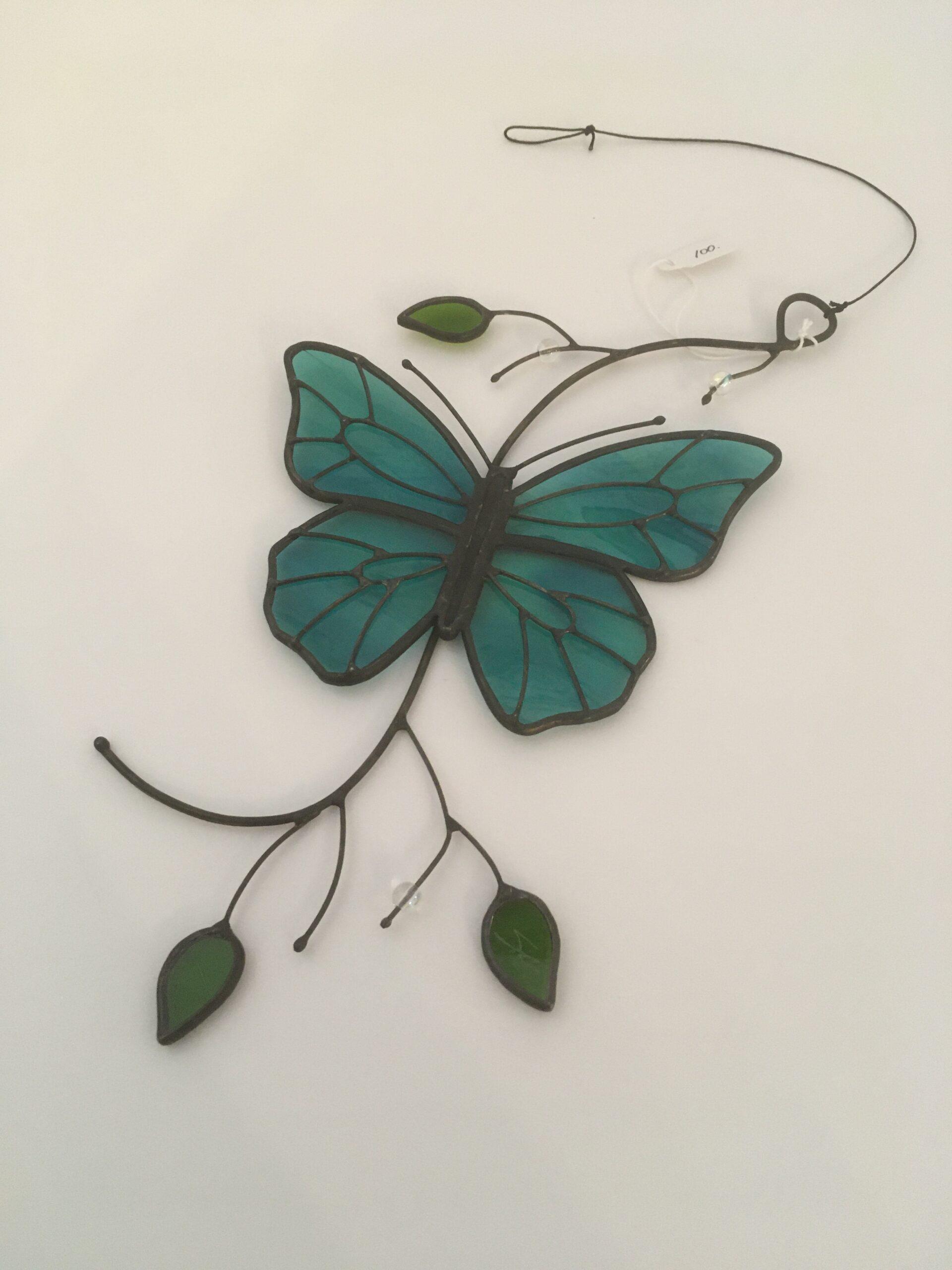 papillon bleu vitrail Marquis